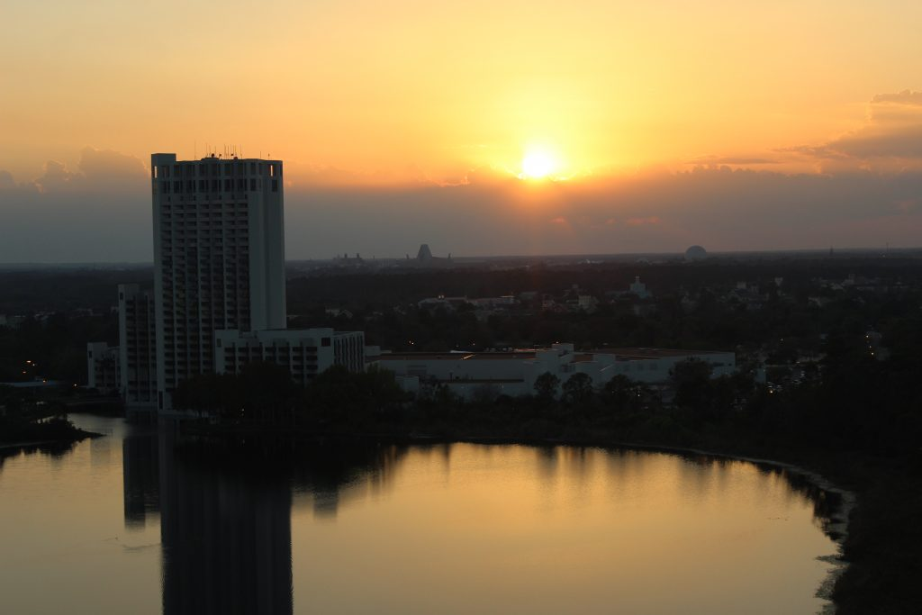 Best Western Lake Buena Vista Hotel sunset view